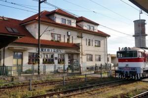 Dobrá správa pre cestujúcich, začala sa rekonštrukcia vlakovej stanice Trebišov