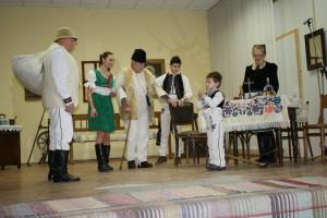 V Bačkove sa ukážkami dávnych vianočných zvykov prezentovali folklóristi