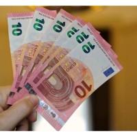 Ponuka úverov medzi súkromnými a vážnymi