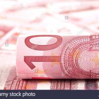 ponuka úverov pre podniky a iné subjekty